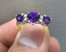 Beautiful Estate Nat 1.50 ct 10k solid Yllw Gold 3 Heart Amethyst Ring