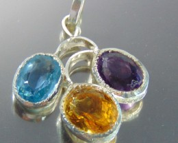 Jewellery pendent with mix stones 75.00 cts