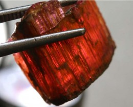 29.6CTS TOURMALINE RED NATURAL ROUGH RG-2445