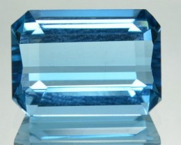 3.95 Cts Natural Blue Topaz Octagonal Cut Brazil Gem