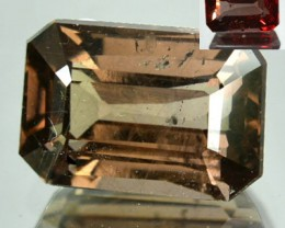 ~EMERALD CUT~ 2.76 Cts Natural Colour Change Garnet Tanzanian Gem