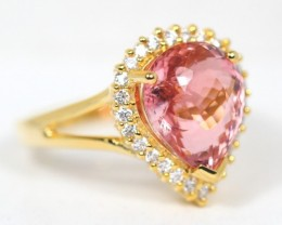 Auction Lot 07 ~ 3.75Ct Tourmaline 14K Yellow Gold 3.89gram Diamond Ring