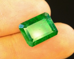 Limited offer $1800~5.50 CT Natural Columbian Emerald