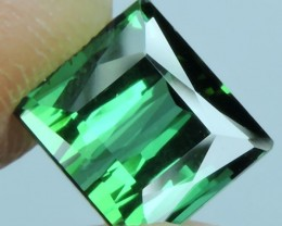 2.65 CTS  AMAZING NATURAL RARE LUSTROUS TOP GREEN TOURMALINE