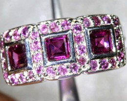13.5CTS RHODOLITE AND GARNET SILVER RING SG-2525