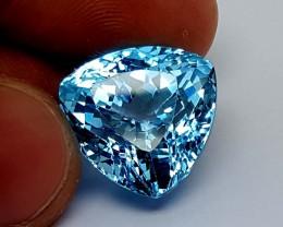 27.85 Crt Blue topaz amazing luster Stunning  Gemstone   Jl136