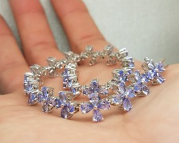 Wonderous Natural 15tcw. Tanzanite Bracelet Untreated