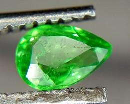 0.25 Crt Natural Tsavorite Faceted Gemstone (R 81)