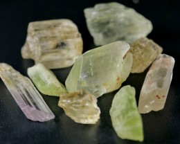 524 CT Natural - Unheated Multi Color kunzite Facet Rough