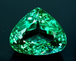 Green Spodumene Gemstones