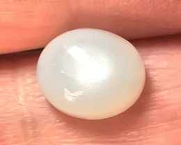 4.50ct  LOVELY SILVERY MOONSTONE LOOKS LIKE PEARL