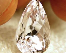 14.02 Carat VVS Pinkish White Spodumene - Elegant