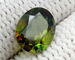 0.85 CT GREEN SPHENE COLOR CHANGE GEMSTONE IGC67
