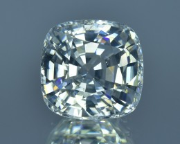 8.32 Cts Amazing Fire Natural Cambodian White Zircon