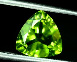 NO Reserve ~ 2.50 cts Untreated Peridot Gemstone from Pakistan