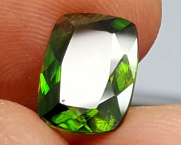 3.70 Crt Very  Rare Sphene Top Green With Multi Color Shades jls03