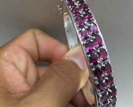 Mesmerizing Nat 164.9tcw. Rhodolite Garnet Bangle Untreated
