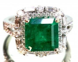 35 cts EMERALD  GOLD DIAMOND RING -JJ