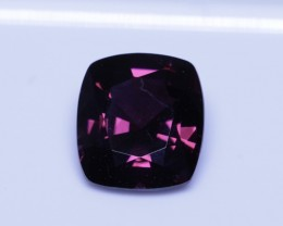 4.04 ct certified red spinel.