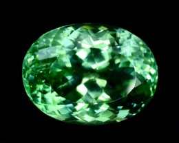 NO Reserve 24.85 cts Eye Clean Lush Green Spodumene Gemstone