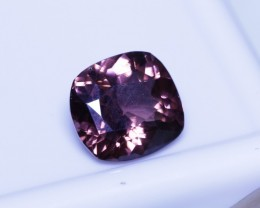 Padparadscha 2.35 ct gem spinel.
