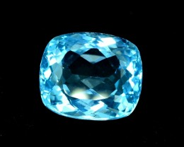 20.15 cts Fantastuc Blue Topaz Loose Gemstone