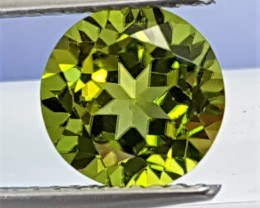 2.27cts Peridot Round,  Top Color, top Cut, Top Clairity,   Best of Peridot