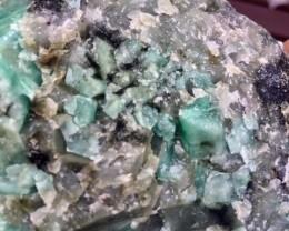.587 Kilo Brazil Emerald Specimen   MS 220