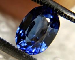 CERTIFIED - 1.49 Carat VS Sapphire - Gorgeous