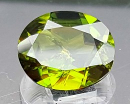 1.40 Crt V Rare Sphene Top Green With Multi Color Shades jls07