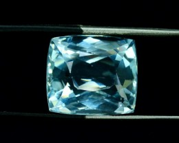 15.97 cts Certifiede Untreated Aquamarine Gemstone from Pakistan