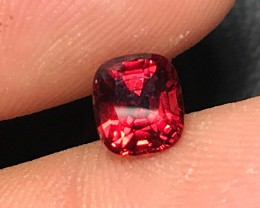 1.41 cts CERTIFIED RED SPINEL VVS - SHIMMERING RED!!