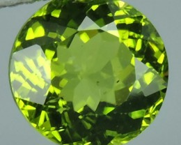 2.10 Cts.Magnificient Top Sparkling Intense Green-Round 8 MM