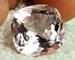 CERTIFIED - 23.25 Carat SI Brazilian Morganite - Superb