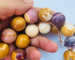 Natural Australian Mookatite strand beads GOGO 1796