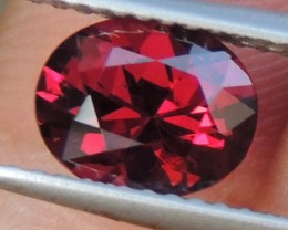 1.56cts Master Cut,  Color Shift Garnet,  Clean,  Untreated