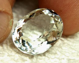 21.85 Carat White Brazil VS Topaz - Gorgeous