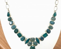 326.0 Crt Natural Emerald Stone Necklace with 925 Sterling Silver