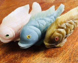 Three large Peru carving Fish  PPP 2028