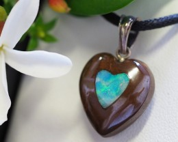 Lovers opal inlay Heart Pendant SU 19