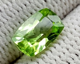 1.15CT PERIDOT BEST QUALITY GEMSTONE IGC104