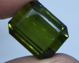 15.55 CT NATURAL GREEN TOURMALINE WITH FIRE LUSTER T5
