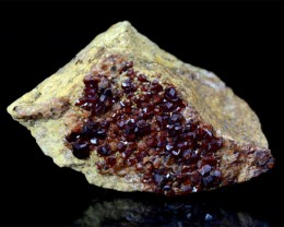 394 Carats Beautiful Red Garnet Specimen@Pakistan