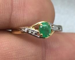 (B5) Amazing Cert. $800 0.67cts Emerald & Diamond Ring