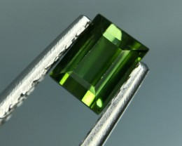 0.96 CT NATURAL GREEN TOURMALINE HIGH QUALITY GEMSTONE S12