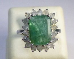 10KT Solid White Gold Emerald Ring Set With Diamonds