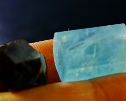 42 ct Beautiful, Natural Superb Hand Made Aquamarine+Garnet