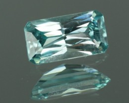 0.98 ct UNTREATED BLUE ZIRCON - MASTER CUT!