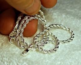 ELEGANT,  HALLMARKED 925~ DIAMOND CUT STERLING SILVER NCKLACE~