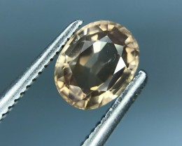 1.40 CT NATURAL YELLOW ZIRCON HIGH QUALITY GEMSTONE S15